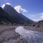 Arroyo Through Batura Glacier Trek