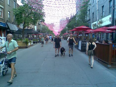 St Catherine Street Montréal