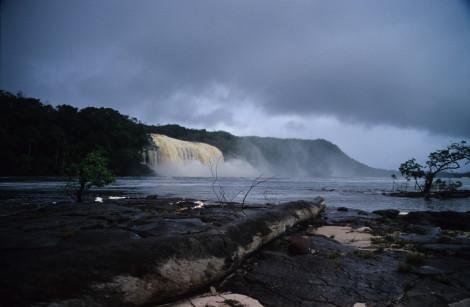 Canima Waterfalls